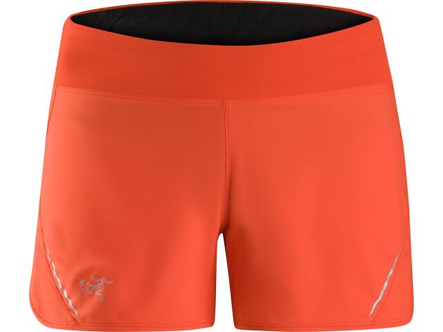 Arc'teryx Lyra Pantalones cortos Mujer, hard coral